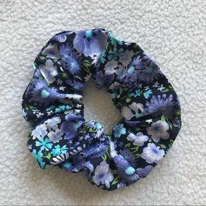 Handmade Scrunchie 'DESTINY'